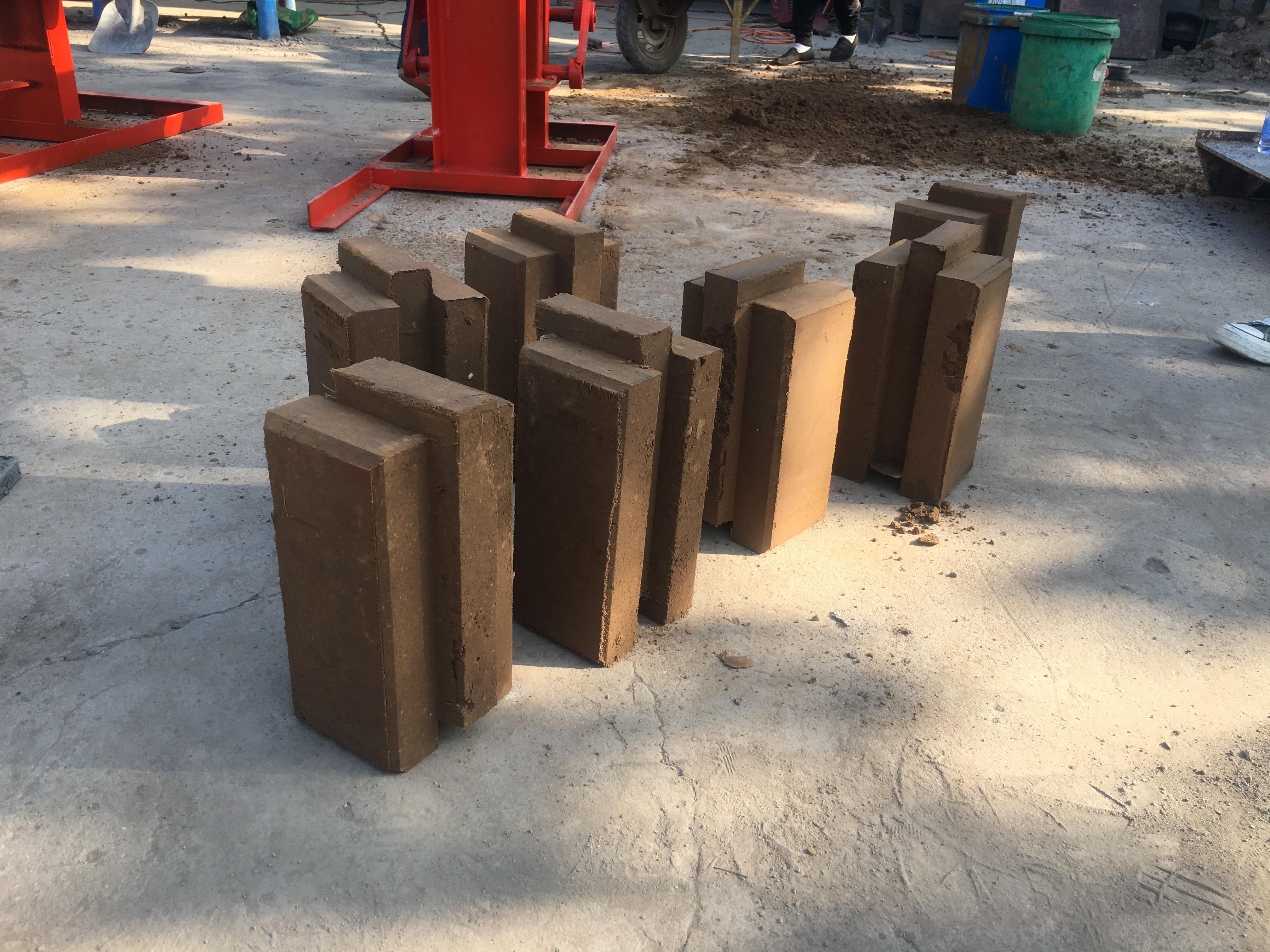 QMR2-40 Cheap Clay Brick Making Machinery mud brick making machine clay